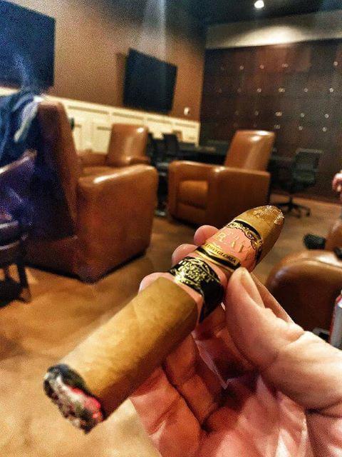 En Fuego Cigars Henderson Private Cigar Lounge